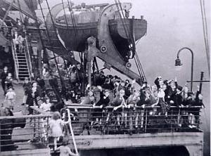 Evacuees on the 'Duchess of York'