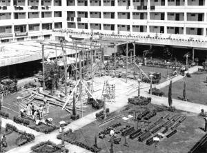 Building stage in Karachi
