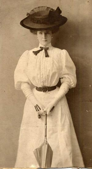 Eleanor Glyn (Photo: Wellington Country Museum and Archives)