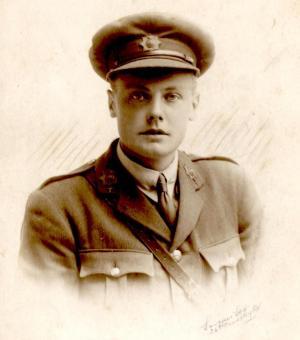 Lieutenant 1915