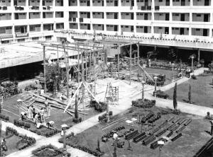 Building stage in Karachi