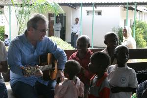 Richard Moore with Tanzanian children suffering from cancer